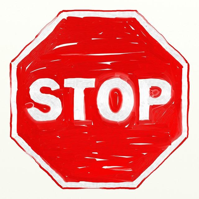 Pam-Lauren-Frag-Pam-Stopschild-gemalt